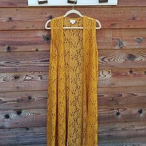 Lularoe joy lace vest golden color medium